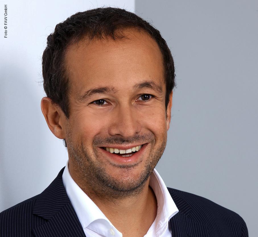 Dr. Peter Regner