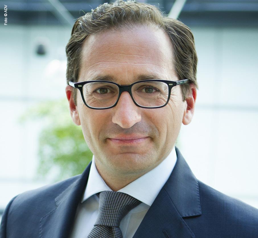Dr. Stephan Winkelbauer, LL.M.